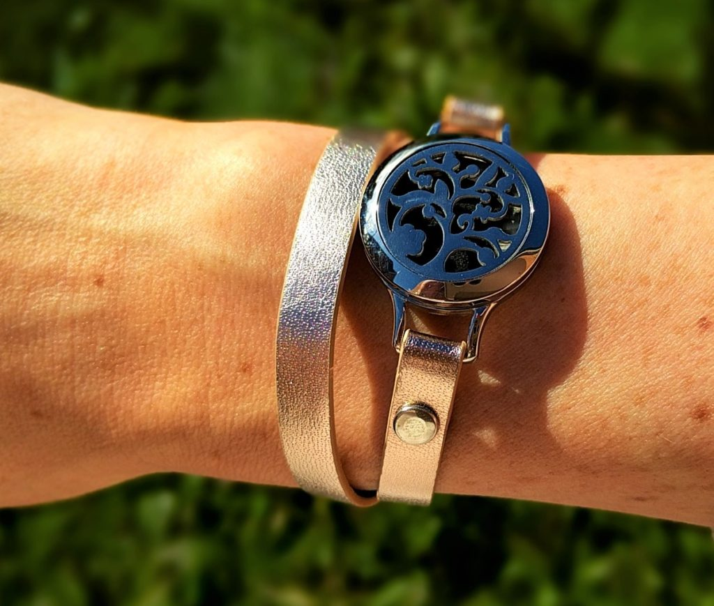 Drops of joy leather diffuser bracelet