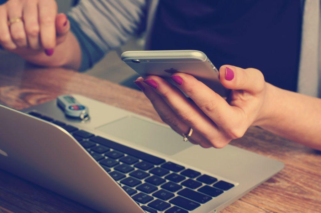 Social Media - The English Aromatherapist